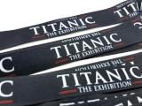 Närbild på digitaltryck till Titanics nyckelband
